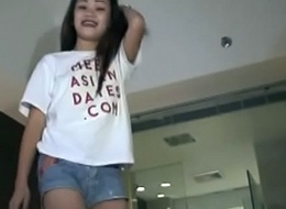 Filipinacamslive.com livecam Oriental stripper acquires denude together with have a copulates wet crack
