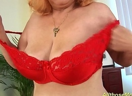 muted redhead granny only clubby