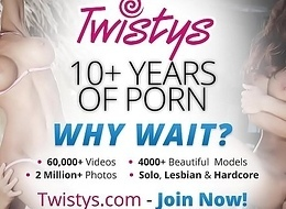 Twistys - Smashing Not susceptible An obstacle Wet crack - Melissa XoXo